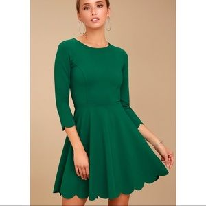 Lulu's green scallop trim 3/4 sleeve skater dress